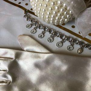 Jewelry - Fiance wedding Bridal charm braclet NEW